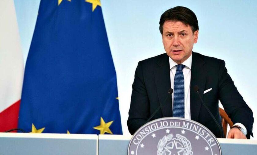 Ιταλία: Παραιτήθηκε ο Τζουζέπε Κόντε