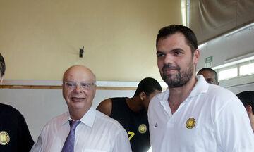 Παπανικολάου: «Σέβομαι τον Βασιλακόπουλο, σπουδαίος παράγοντας»
