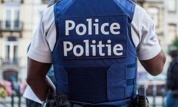 Επίθεση με μαχαίρι στο μετρό στις Βρυξέλλες (pics)