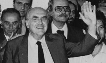 Ανδρέας Παπανδρέου: Σύμφωνα με το Χέρφιλντ, ο Γιακούμπ δεν τον χειρούργησε ποτέ