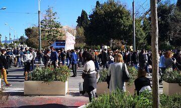 Ένταση στο πανεκπαιδευτικό συλλαλητήριο της Αθήνας - Επεισόδια και στη Θεσσαλονίκη