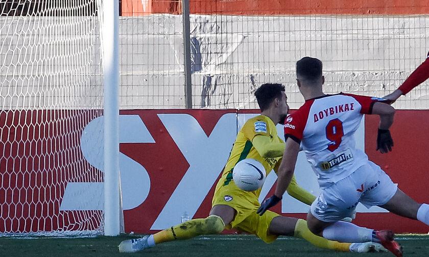ΟΦΗ - Βόλος: Το γκολ του Δουβίκα για το 1-1 (vid)