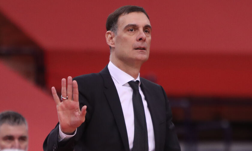 Μπαρτζώκας: «Κάποιοι παίκτες λυγίζουν από την πίεση» (vid)