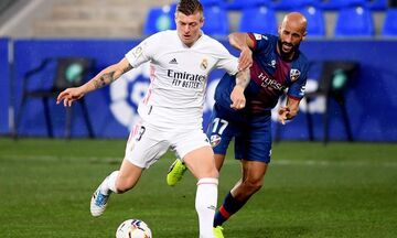 Ουέσκα - Ρεάλ Μαδρίτης 1-1: Οι «μερένγκες» ισοφάρισαν με τον Βαράν το γκολ των γηπεδούχων (vids)