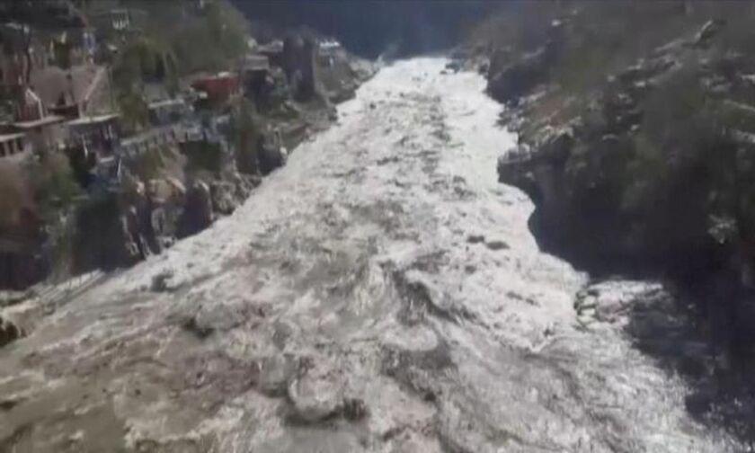 Ινδία: Κατέρρευσε τμήμα παγετώνα των Ιμαλαΐων - Φόβοι για δεκάδες νεκρούς