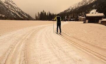 Αφρικανική σκόνη: Ταξίδεψε ως τις Άλπεις και «έβαψε» κίτρινο το χιόνι! (vid, pics)