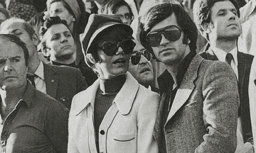 Νταλάρας: Ο Καζαντζίδης τον απέρριψε ζωντανά, η Μαρινέλλα τον λάτρεψε από το ραδιόφωνο!