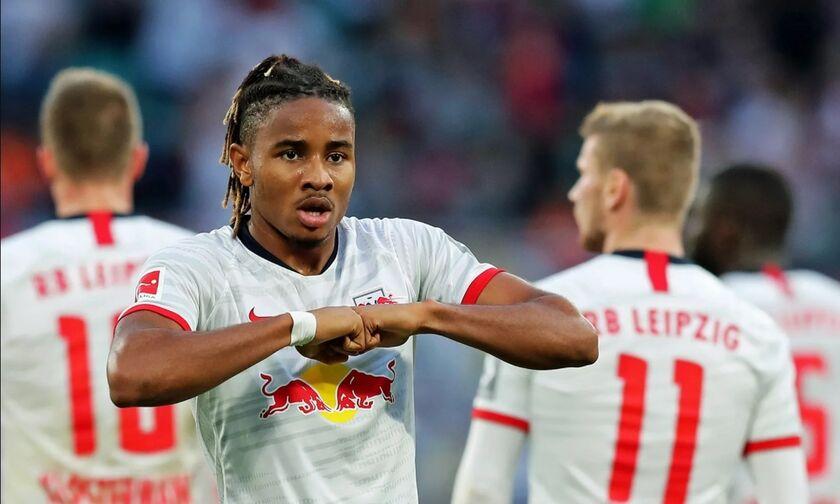 Bundesliga: Ζορίστηκε η Λειψία, 2-1 την Άουγκσμπουργκ (highlights)