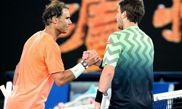 Australian Open: Ο Ναδάλ πιο κοντά σε... Τσιτσιπά, πέρασαν Μεντβέντεφ, Φονίνι, Ρούμπλεφ, Μπερετίνι