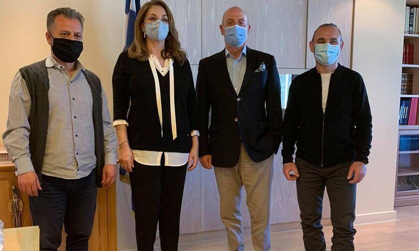 Σαμπάνης, Λεωνίδης: Συζήτησαν με Γκερέκου για πρεσβευτές του ΕΟΤ
