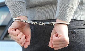 Πειραιάς: Συλλήψεις για όπλα και ναρκωτικά! (vid)