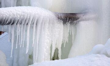 ΕΥΔΑΠ: Τι να κάνετε για να μην παγώσουν οι σωλήνες και τι αν τελικά παγώσουν