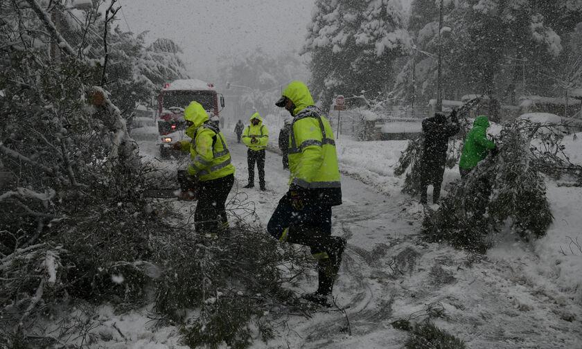 Κακοκαιρία Μήδεια: Προβλήματα σε όλη τη χώρα - Τρεις νεκροί, διακοπές ρεύματος, αποκλεισμένοι δρόμοι