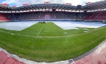 Τα «μπράβο» της UEFA στον Ολυμπιακό για τον εκχιονισμό του «Γ. Καραϊσκάκης» (pics)