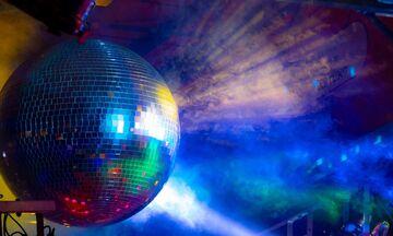«Disconight» στην ΕΡΑσπορ με τη Gloria Gaynor να «συναντά» τον Πετρολούκα Χαλκιά