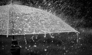 Καιρός: Νεφώσεις, τοπικές βροχές και καταιγίδες