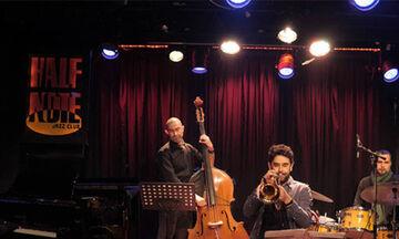 Τζαζ στη μουσική του Μάνου Χατζιδάκι από τον Δημήτρη Καλαντζή στο Half Note (vid)