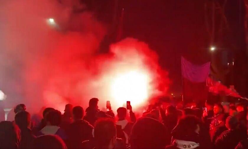 Χιλιάδες οπαδοί της Αταλάντα αποθέωσαν την αποστολή πριν από το ματς με τη Ρεάλ! (vid)