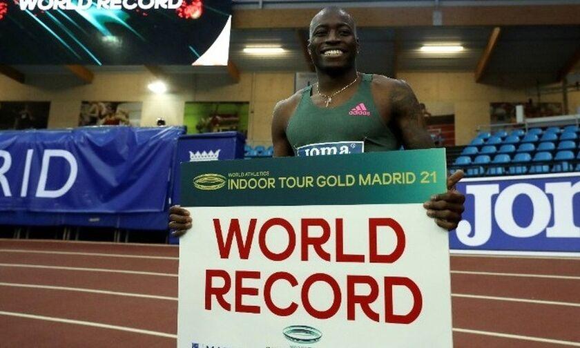 Παγκόσμιο ρεκόρ ο Χόλογουεϊ στα 60 μ. εμπόδια (vid)