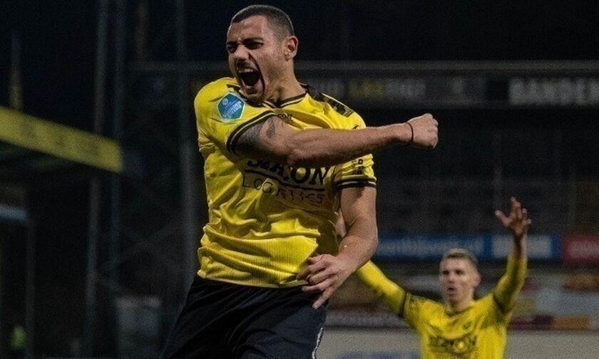 Πέτυχε το 23ο του γκολ ο Γιακουμάκης στην Ολλανδία (vid)