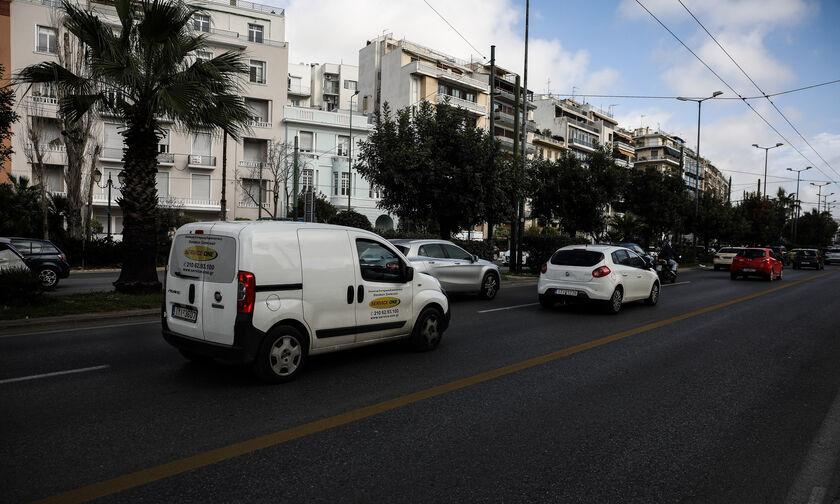 Ηλεκτρονικά και στην Αττική οι αιτήσεις για αντικατάσταση ή χορήγηση αντιγράφων αδειών οδήγησης