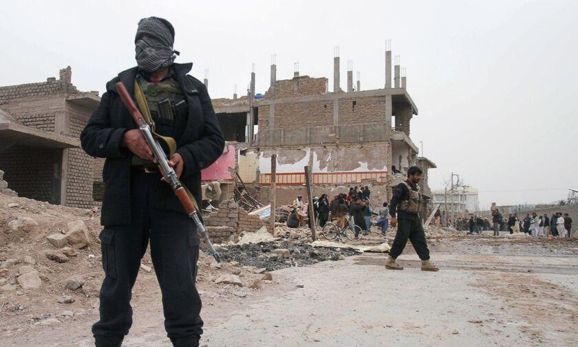 Αφγανιστάν: Οκτώ νεκροί και δεκάδες τραυματίες από έκρηξη παγιδευμένου αυτοκινήτου