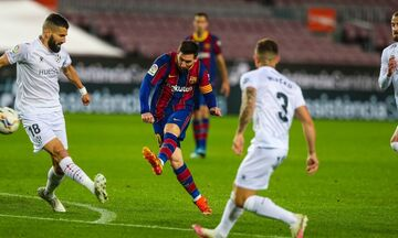 La Liga: Με «σούπερ» Μέσι νίκησε την Ουέσκα και ελπίζει η Μπαρτσελόνα (highlights)!