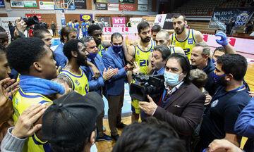 Σερέλης: «Πιο πολύ και από τις νίκες χαίρομαι για την εικόνα της ομάδας μου» (vid)