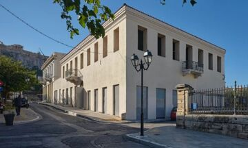 Προς πώληση ένα από τα παλαιότερα ξενοδοχεία της Αθήνας