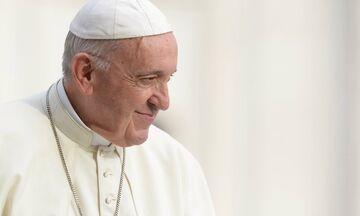 Ο Πάπας Φραγκίσκος κάνει έκκληση να σταματήσει η αιματοχυσία στη Μιανμάρ