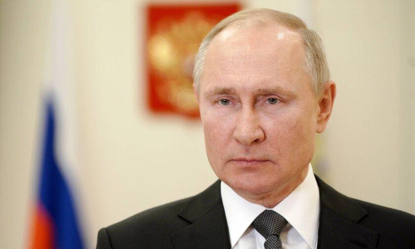 Πούτιν: «Εύχομαι υγεία στον Μπάιντεν»