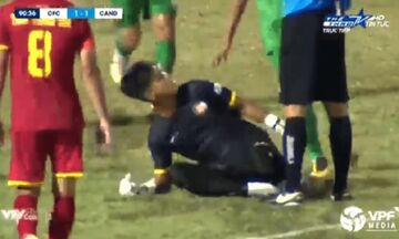 Βιετνάμ: Τερματοφύλακας απέκρουσε πέναλτι και πανηγύρισε μπροστά στον διαιτητή! (vid)
