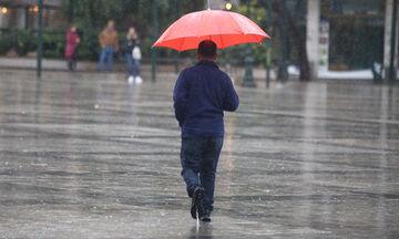 Καιρός: Νεφώσεις και τοπικές βροχές με μικρή άνοδο της θερμοκρασίας