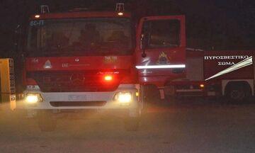 Θεσσαλονίκη: Φωτιά σε σταθμευμένο ταξί