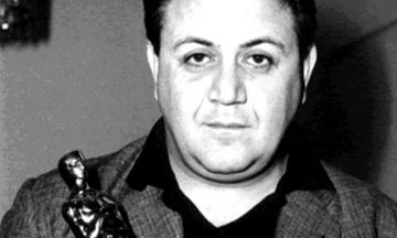 «Ποτέ την Κυριακή»: Όταν ο Χατζιδάκις φωτογραφήθηκε με δανεικό Όσκαρ