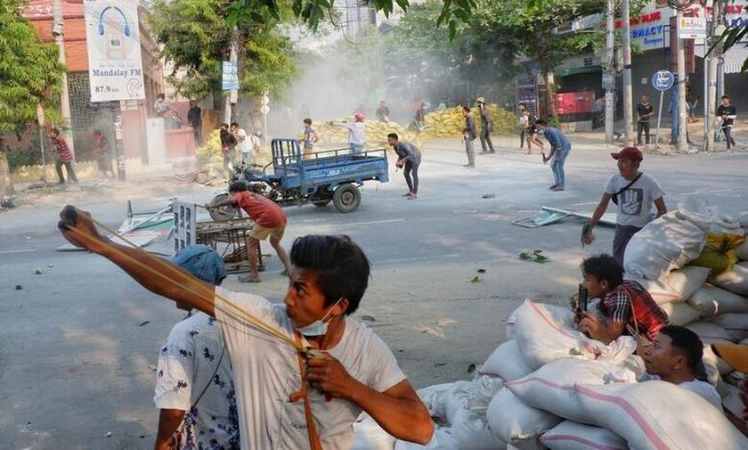 Μιανμάρ: Πενήντα νεκροί διαδηλωτές - Η χούντα γιορτάζει τη μέρα Ενόπλων Δυνάμεων
