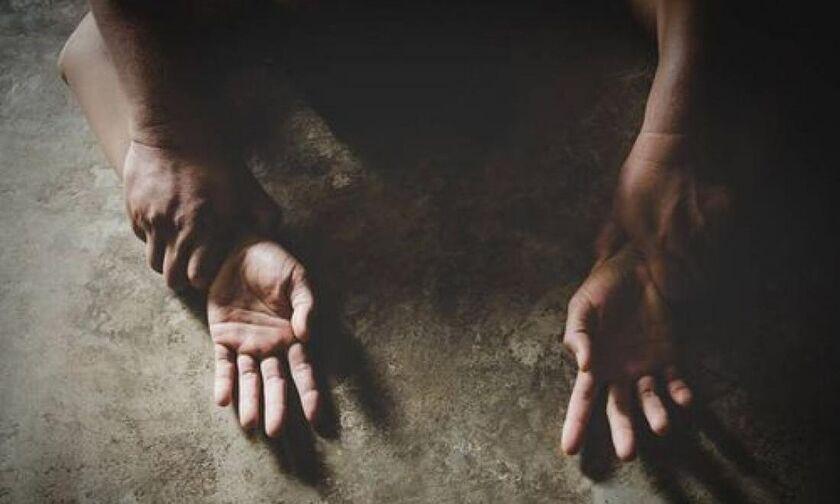 Η ποινή στον προπονητή που βίαζε 13χρονη μέσα στα αποδυτήρια – Της έλεγε ότι ήταν… φυσιολογικό