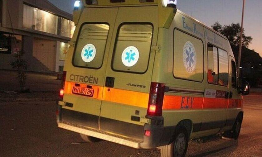 Βούλα: Σοβαρό τροχαίο στην παραλιακή - Αυτοκίνητο καταστράφηκε ολοσχερώς