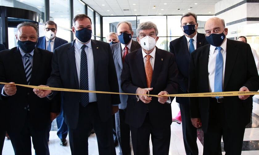 ΕΟΕ: Ο πρόεδρος της ΔΟΕ, Τόμας Μπαχ, εγκαινίασε την ψηφιακή έκθεση