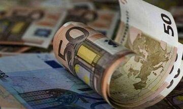 Μέτρα στήριξης ενός δις για τον Απρίλιο: Αποζημίωση ειδικού σκοπού, δώρο Πάσχα, μείωση ενοικίου