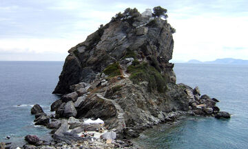 Daily Telegraph: Δέκα δημοφιλή ελληνικά νησιά και άλλα δέκα αντ' αυτών για μετά την πανδημία