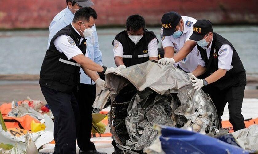 Ινδονησία: Ανακτήθηκε ο αποτυπωτής συνομιλιών πιλοτηρίου του Boeing της Sriwijaya Air