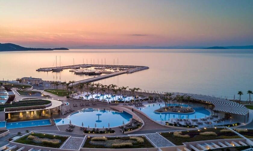 Miraggio Thermal Spa Resort: Στη Χαλκιδική το πρώτο ιδιωτικό υδατοδρόμιο