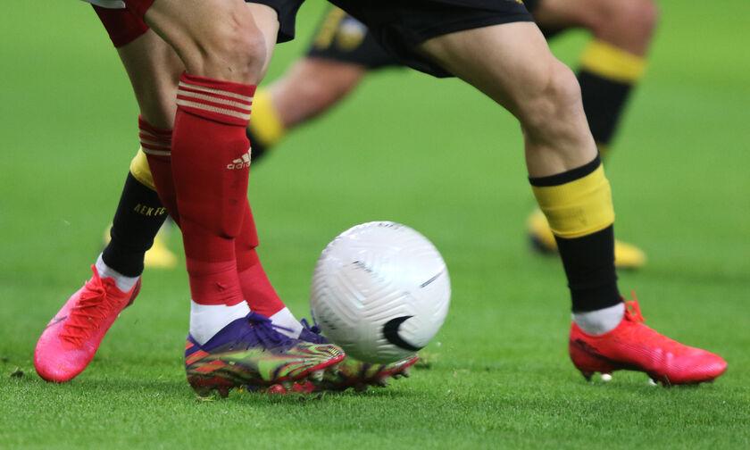ΑΕΚ-Ολυμπιακός: Τα «πηγαδάκια» των ποδοσφαιριστών (vid)