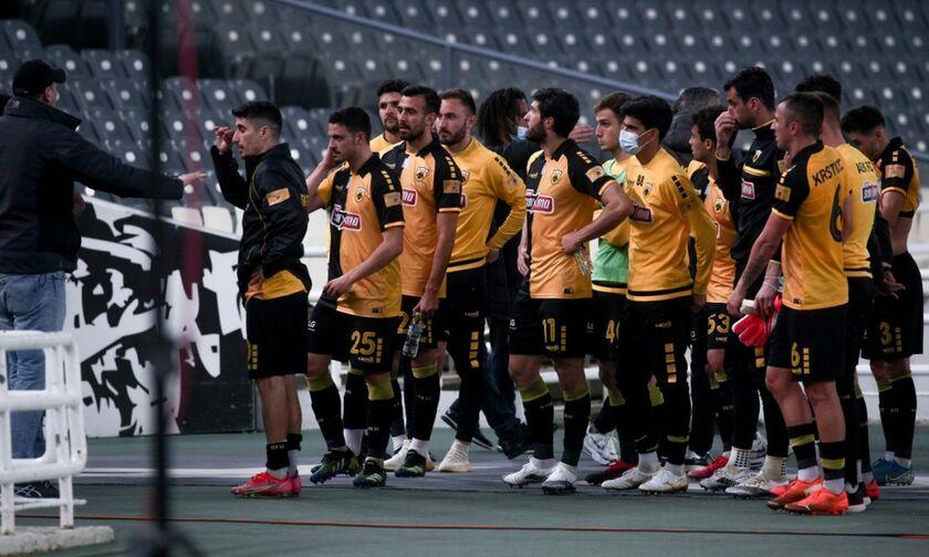 «Μαντρώνει» τους παίκτες η ΑΕΚ μετά το 1-5 από τον Ολυμπιακό