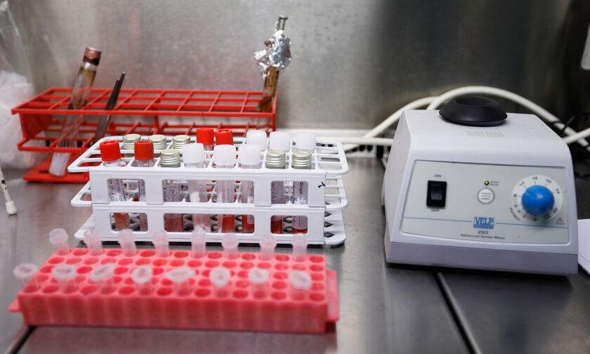 Ξεκίνησε η αποστολή των self tests στα φαρμακεία απομακρυσμένων νησιών
