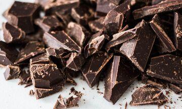 Γιατί κάνει καλό η μαύρη σοκολάτα στους άνδρες;