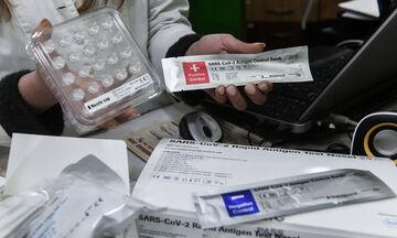 Κορονοϊός: Προβλήματα με τα self tests στα φαρμακεία