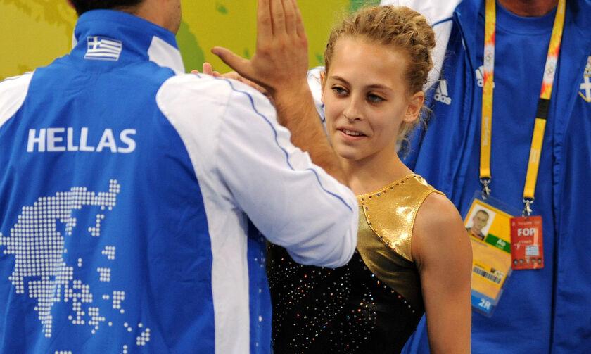 Στεφανί Μπισμπίκου: «Έχω δει να τραβάνε αθλητές από τα μαλλιά. Έβλεπα πάρα πολύ ξύλο»