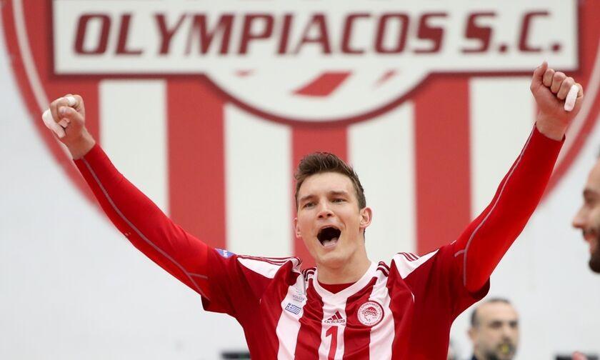Volleyleague ανδρών: Σηκώνει το 30ό πρωτάθλημα ο Ολυμπιακός! - Απονομή στον αγώνα με τον ΠΑΟΚ